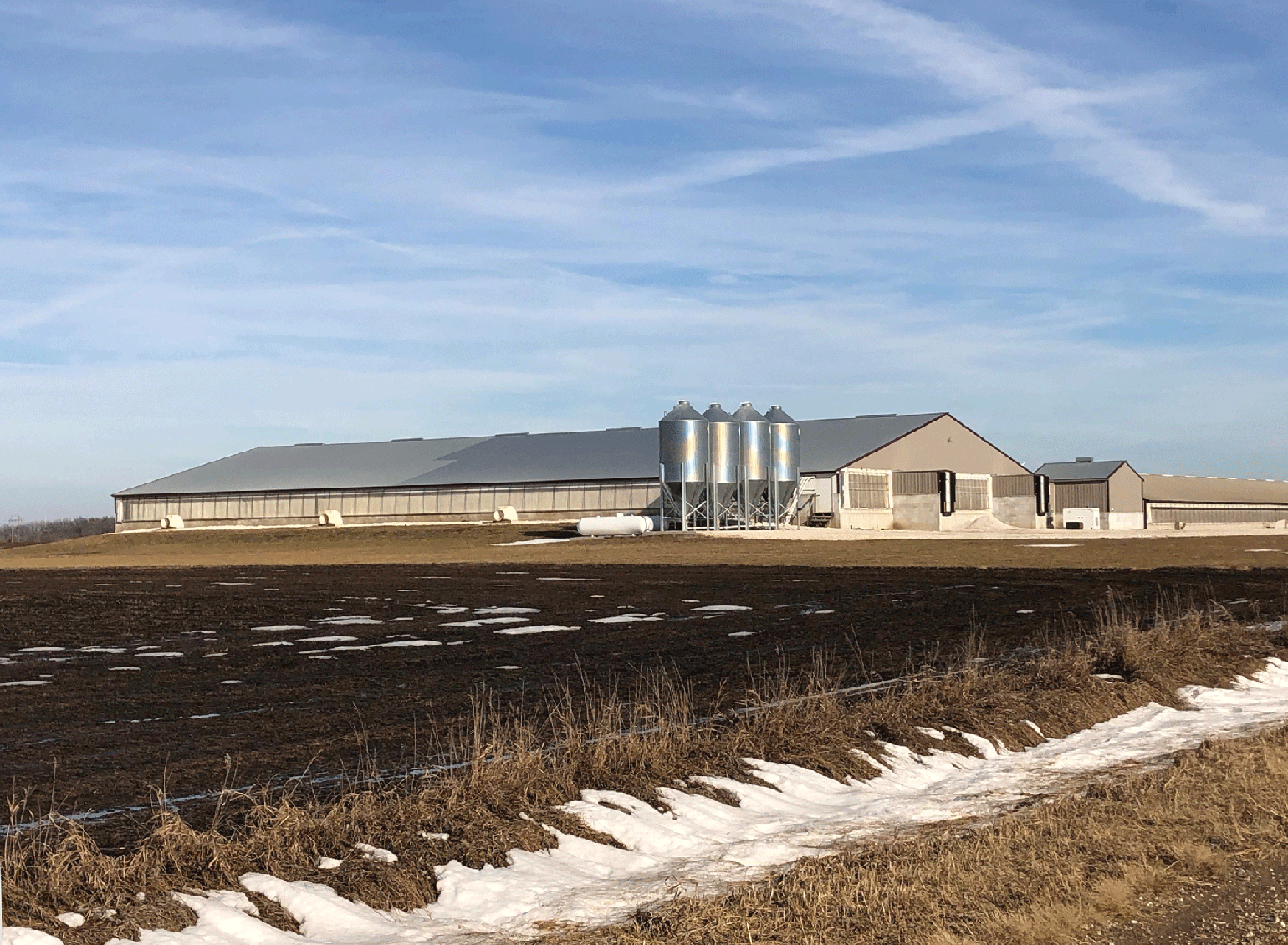 Since receiving the 2014 Environmental Steward award, Wessling Ag has welcomed daughter Jolee back to the Grand Junction, Iowa, farm and put up a new barn for 2,400 pigs.