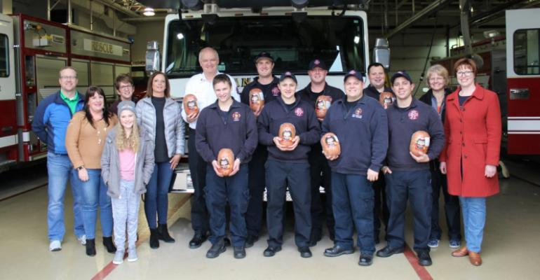 Pork Checkoff dropped off hams for the #Ankeny Fire Dept.