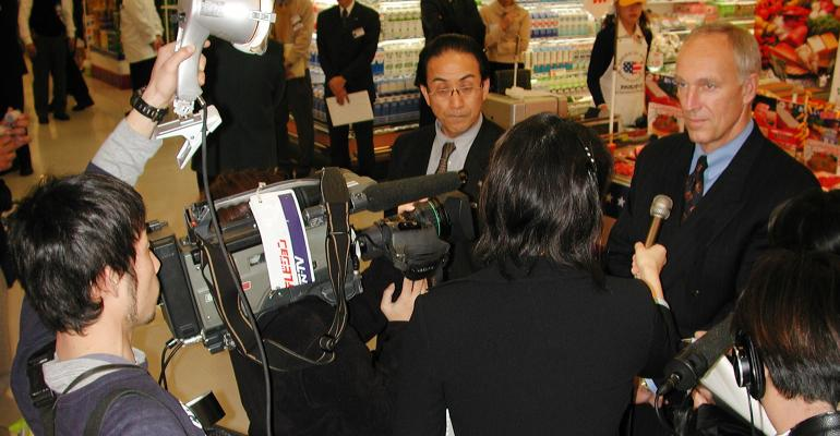Selling chilled product in Japan changed the way the U.S. markets pork, according to Philip Seng (right).