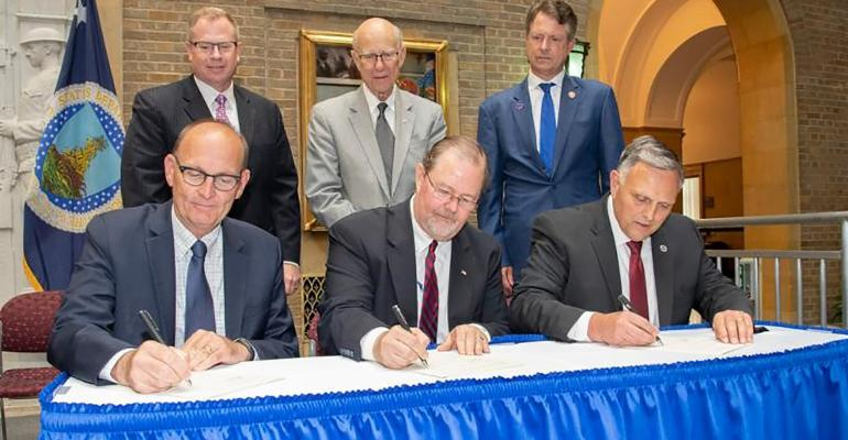 NHF-USDA-NBAF signing-1540.jpg
