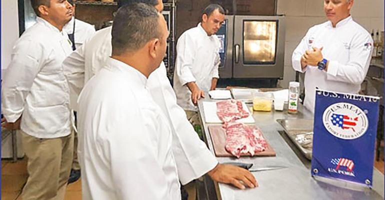Employees of foodservice companies in Honduras receive training on the preparation and cooking of U.S. St. Louis-style pork ribs.