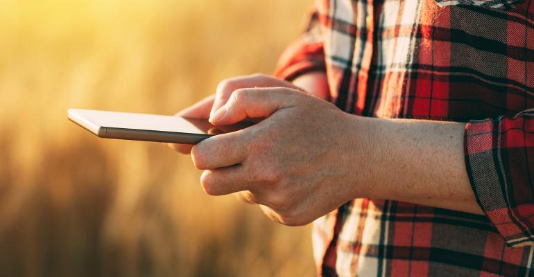 NHF-stevanovicigor-GettyImages-Farmer-Phone-1540.jpg