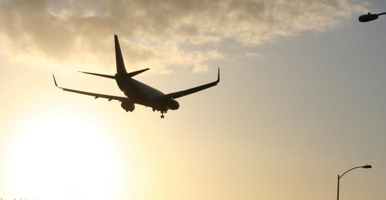 airport airplane landing FDS.jpg