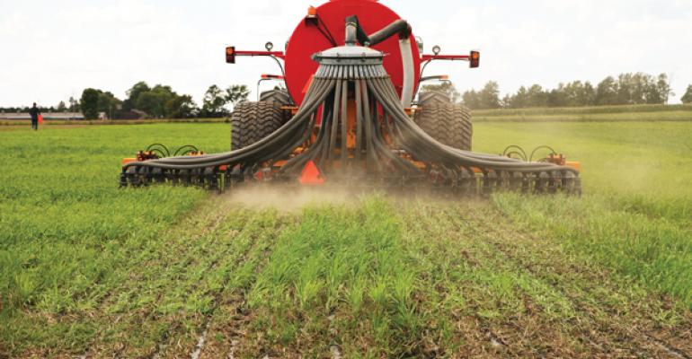 Shallow Injection System Boosts Manure's Value