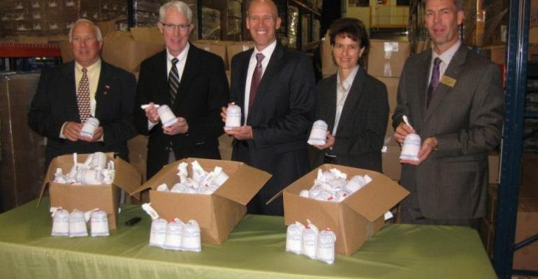 Minnesota Pork Board members present ground pork donation