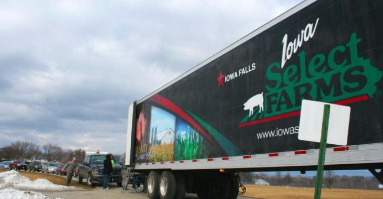 The Deb and Jeff Hansen FoundationIowa Select Farms donated 750 free smoked hams to Iowa Air National Guard members