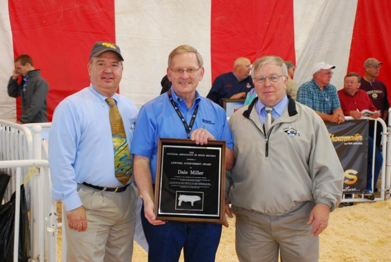 Dale Miller is Presented Chester White Lifetime Service Award