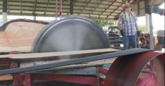 This Week in Agribusiness - Antique sawmill in use at the I&I show